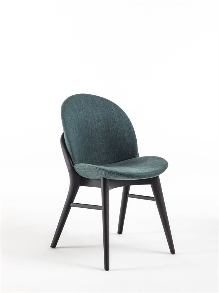 Lip Chair from Porada, designed by M. Marconato and T. Zappa