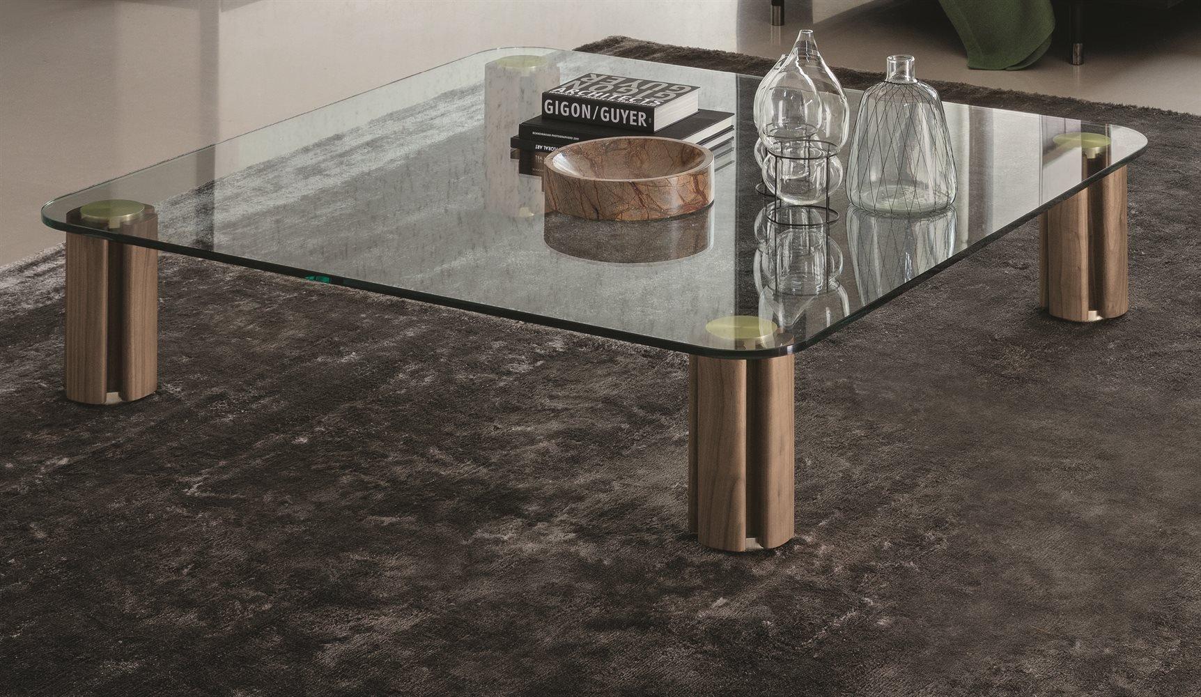 Quadrifoglio Tavolino coffee table from Porada, designed by C. Ballabio
