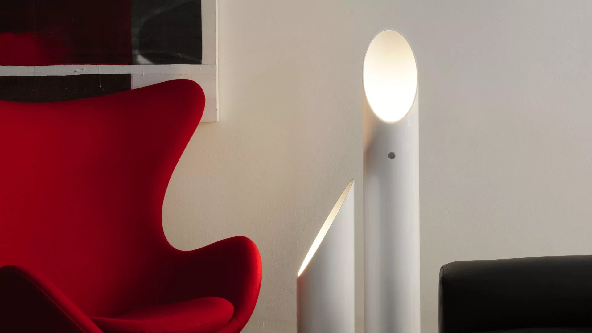 Beth Lamp lighting from Oluce, designed by Carlo Colombo