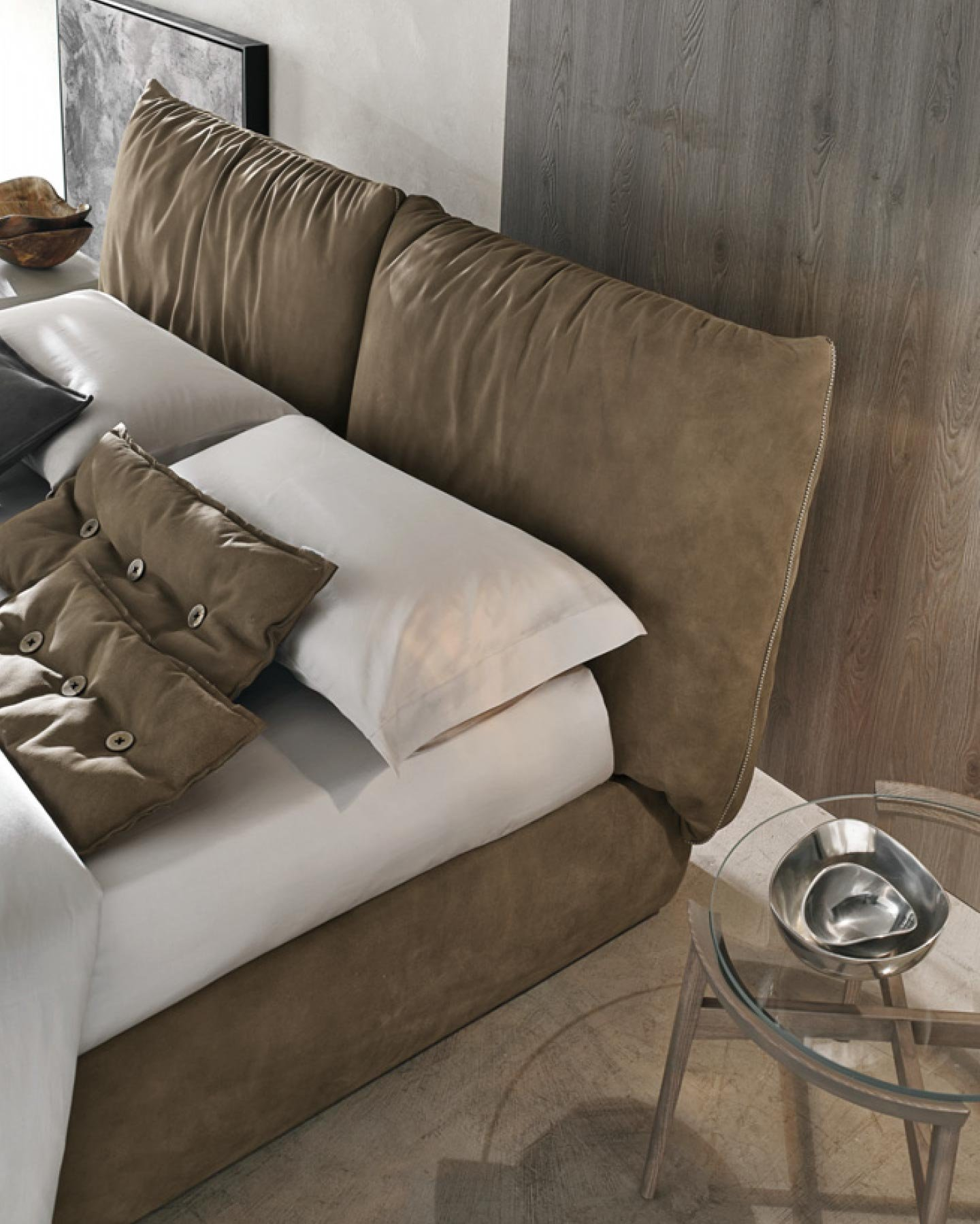 Sogno Bed from Tomasella