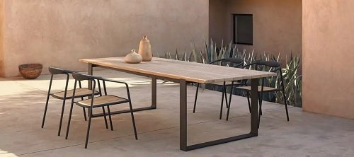 Manutti Dining Tables