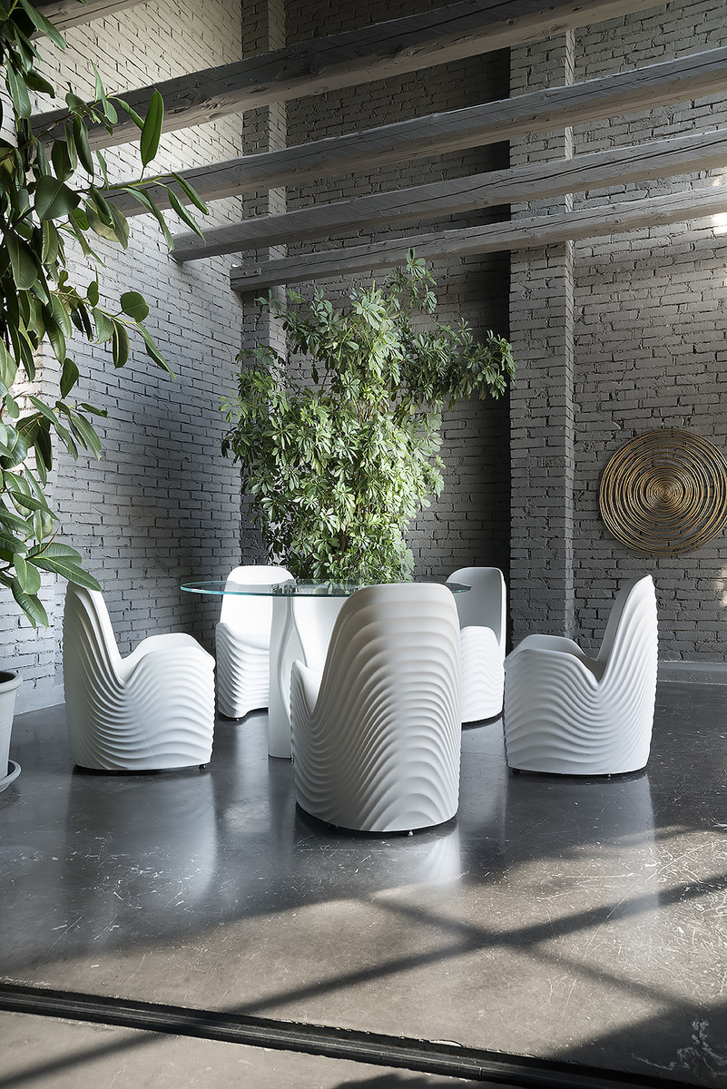 Remembering The River Chair As 2019 Hip Awards Looms Ultra Modern